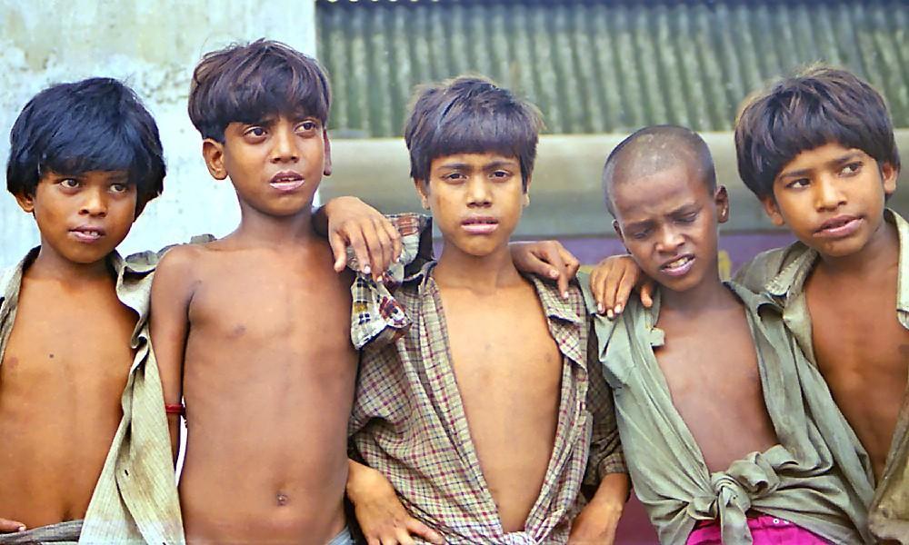 Enfants de la gare à Howrah Station