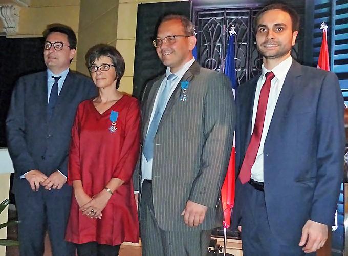 M. Ziegler, Ambassadeur de France en Inde ; Fabienne et Christophe, nouveaux Chevaliers de l'Ordre national du Mérite ; M. Syed, Consul de France à Kolkata