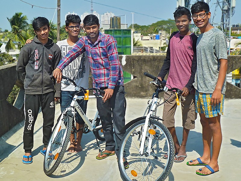 Vélos pour les Galopins du foyer