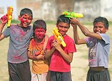 Quatre valeureux guerriers de Holi