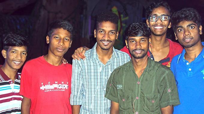 Les galopins fêtent les lumières de Diwali