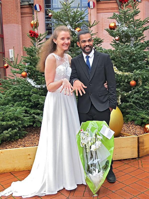 Stéphanie et Sashi, mariés de Noël