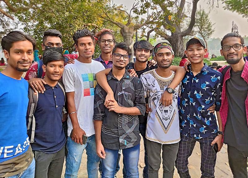 Des Galopins réunis pour fêter Saraswati