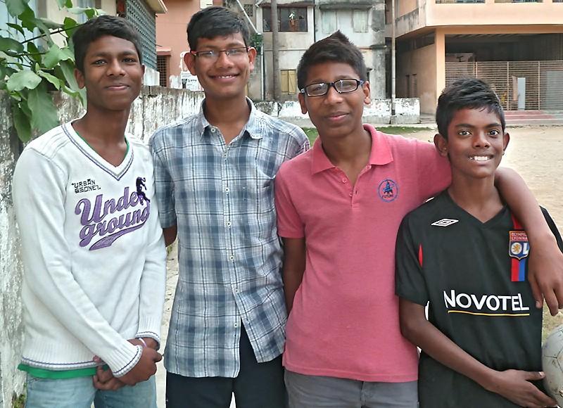 Saghir, Rabi, Shamim et Suraj